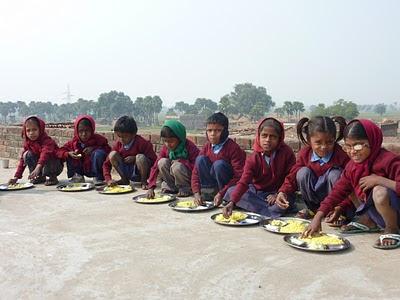 Proyecto de Nutrición  ANTONIO QUIJANO para 130 niños en India